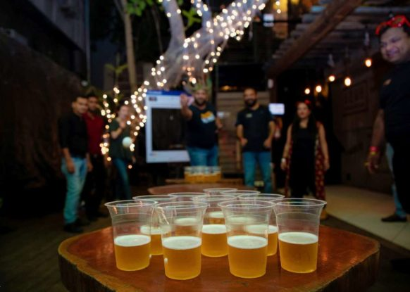 New Delhi Bar Crawls. Nightlife, music and parties